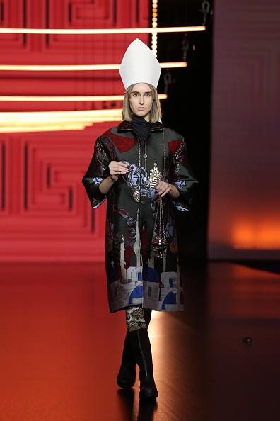 """Multi Colored Coat「Altaroma 2021 - Roi Du Lac """"L'Atene Del Nord"""" Fashion Show - Runway」:写真・画像(15)[壁紙.com]"""