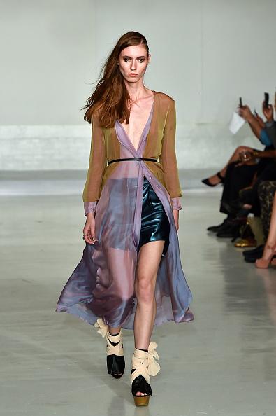 Adults Only「Nina Athanasiou - Runway - Mercedes-Benz Fashion Week Spring 2015」:写真・画像(4)[壁紙.com]