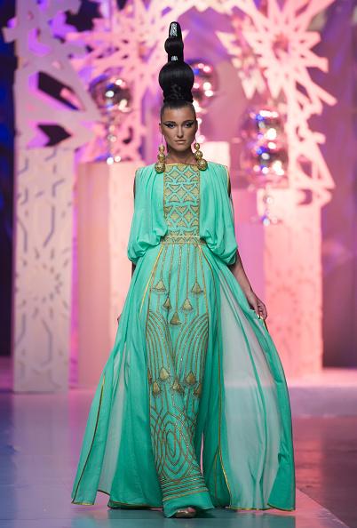 Madinat Jumeirah Hotel「Zareena - Runway - Fashion Forward Dubai October 2014」:写真・画像(10)[壁紙.com]