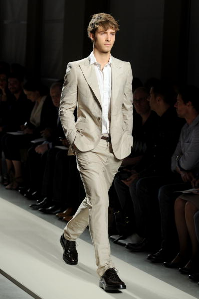 Summer Collection「Bottega Veneta: Milan Fashion Week Menswear S/S 2011」:写真・画像(7)[壁紙.com]