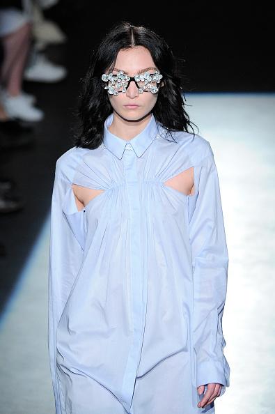 Spring Collection「Lutz Huelle : Runway - Paris Fashion Week Womenswear Spring/Summer 2016」:写真・画像(16)[壁紙.com]