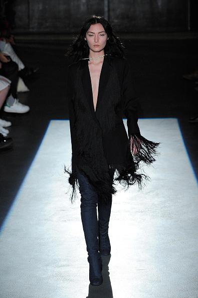 Spring Collection「Lutz Huelle : Runway - Paris Fashion Week Womenswear Spring/Summer 2016」:写真・画像(17)[壁紙.com]