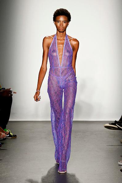 ニューヨークファッションウィーク「Laquan Smith - Runway - September 2018 - New York Fashion Week: The Shows」:写真・画像(13)[壁紙.com]