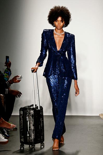 ニューヨークファッションウィーク「Laquan Smith - Runway - September 2018 - New York Fashion Week: The Shows」:写真・画像(1)[壁紙.com]