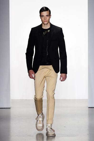 Shirt「Calvin Klein Collection - Runway - Milan Collections Men SS16」:写真・画像(18)[壁紙.com]