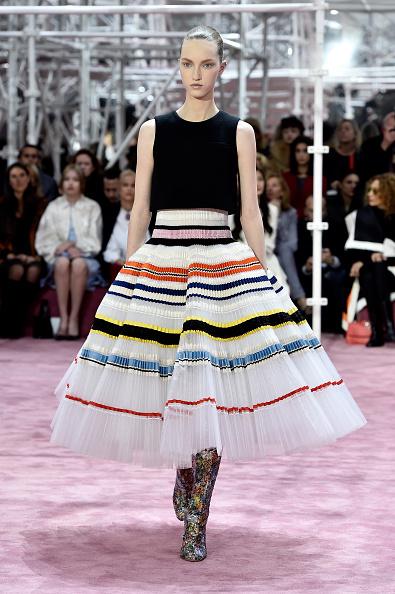 Flared Skirt「Christian Dior : Runway - Paris Fashion Week - Haute Couture S/S 2015」:写真・画像(8)[壁紙.com]