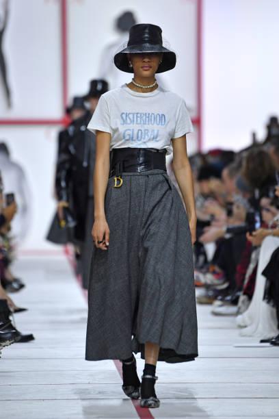 Christian Dior : Runway - Paris Fashion Week Womenswear Fall/Winter 2019/2020:ニュース(壁紙.com)