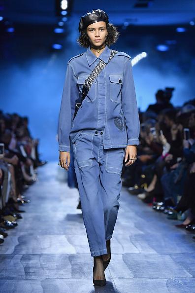 秋冬コレクション「Christian Dior : Runway - Paris Fashion Week Womenswear Fall/Winter 2017/2018」:写真・画像(16)[壁紙.com]