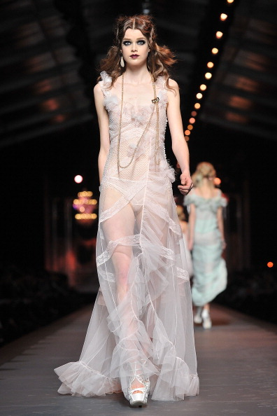 Ready To Wear「Christian Dior: Runway - Paris Fashion Week Fall/Winter 2012」:写真・画像(6)[壁紙.com]