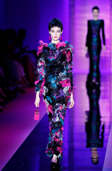 ブランド ジョルジオアルマーニ「Giorgio Armani Prive : Runway - Paris Fashion Week - Haute Couture Fall/Winter 2015/2016」:写真・画像(17)[壁紙.com]