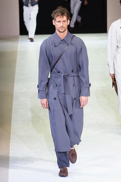 Strap「Giorgio Armani - Runway - Milan Fashion Week Menswear Spring/Summer 2015」:写真・画像(10)[壁紙.com]