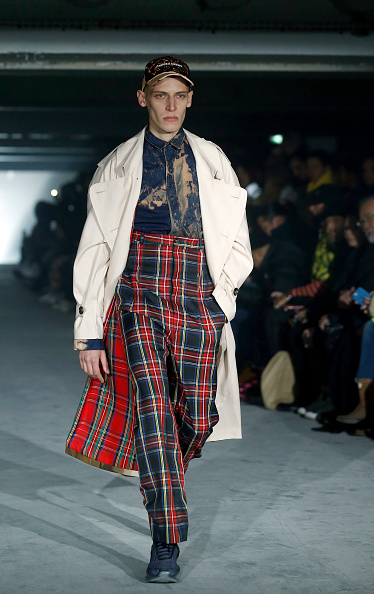 Thierry Chesnot「Andrea Crews : Runway - Paris Fashion Week - Menswear F/W 2019-2020」:写真・画像(16)[壁紙.com]
