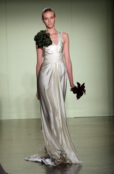 Bride「Vera Wang Bridal Collection」:写真・画像(11)[壁紙.com]