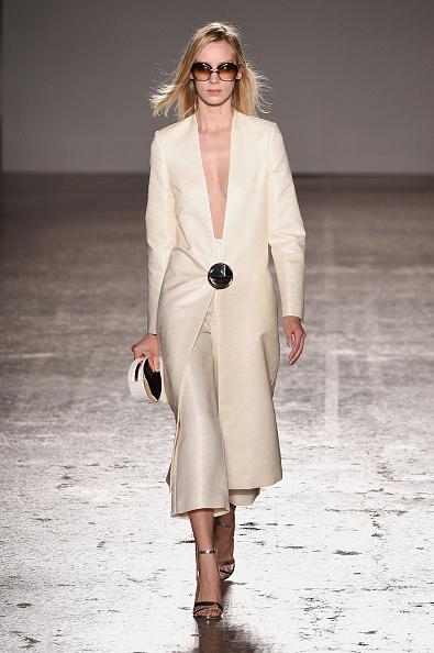 Change Purse「Genny - Runway - Milan Fashion Week  SS16」:写真・画像(19)[壁紙.com]