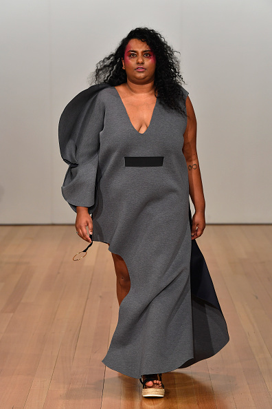Sandal「Contemporary Collective: Havilah and Starving Artists Fund - Runway - New Zealand Fashion Week 2019」:写真・画像(19)[壁紙.com]