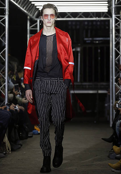Icosae: Runway - Paris Fashion Week - Menswear F/W 2017-2018:ニュース(壁紙.com)