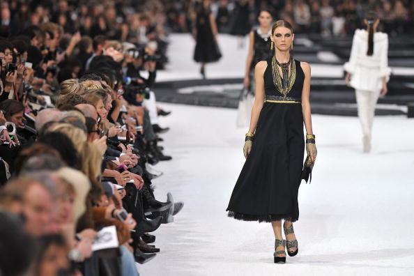 Fashion show「Chanel - Runway Paris Fashion Week Spring/Summer 2011」:写真・画像(5)[壁紙.com]
