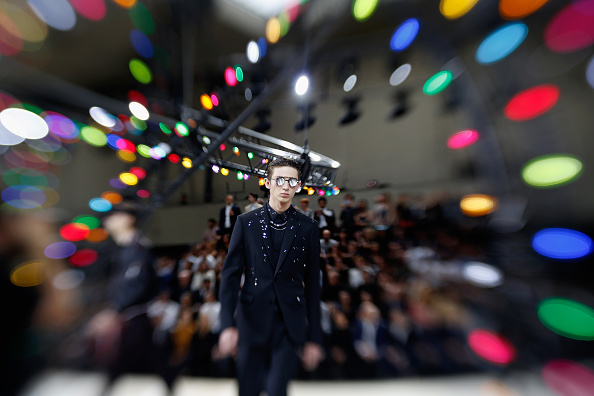 Tristan Fewings「Dior Homme : Alternative Views - Paris Fashion Week - Menswear Spring/Summer 2017」:写真・画像(5)[壁紙.com]