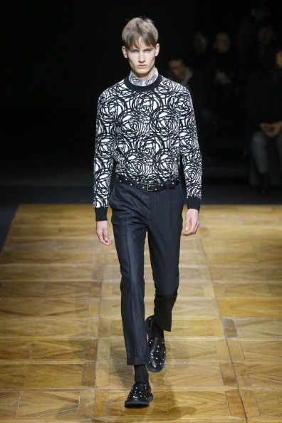 Victor Boyko「Dior Homme : Runway - Paris Fashion Week - Menswear F/W 2014-2015」:写真・画像(17)[壁紙.com]