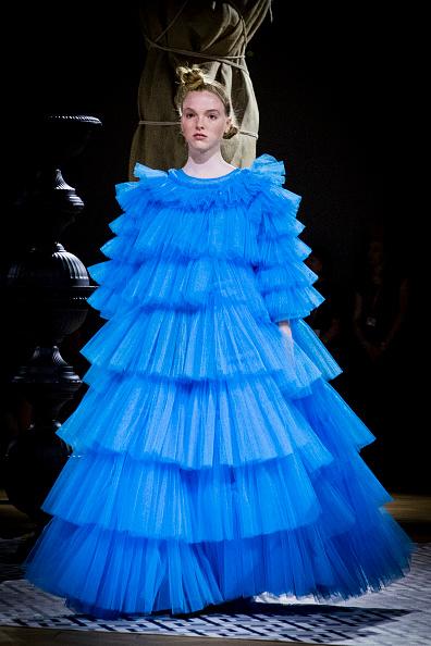 Layered「V&A Fashion Show - Fashion In Motion: Molly Goddard」:写真・画像(2)[壁紙.com]