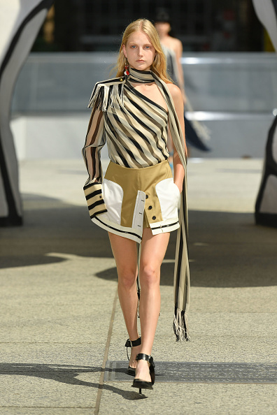 Striped「Monse Resort 2020 - Runway」:写真・画像(19)[壁紙.com]