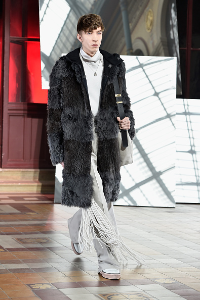 Lanvin Menswear「Lanvin : Runway - Paris Fashion Week - Menswear F/W 2015-2016」:写真・画像(9)[壁紙.com]