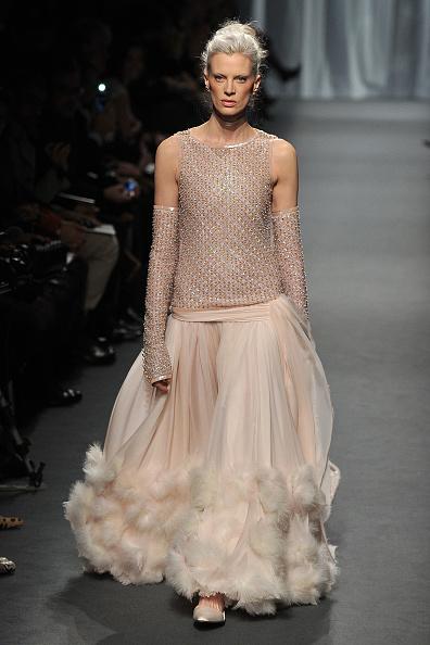 Pavillon Cambon Capucines「Chanel - Runway - Paris Fashion Week Haute Couture S/S 2011」:写真・画像(3)[壁紙.com]