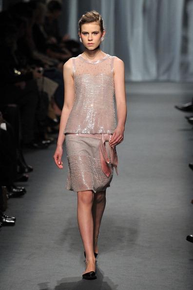 Pavillon Cambon Capucines「Chanel - Runway - Paris Fashion Week Haute Couture S/S 2011」:写真・画像(8)[壁紙.com]