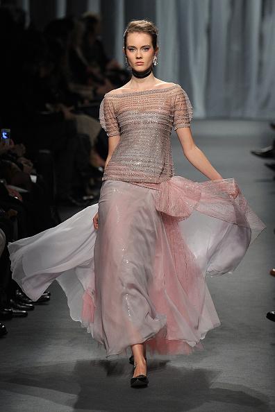 Pavillon Cambon Capucines「Chanel - Runway - Paris Fashion Week Haute Couture S/S 2011」:写真・画像(2)[壁紙.com]