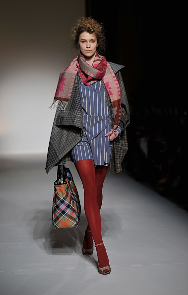 Hosiery「Vivienne Westwood Red Label: Runway - LFW Autumn/Winter 2012」:写真・画像(6)[壁紙.com]