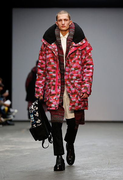 Backpack「Casely-Hayford: Runway - London Collections: Men AW15」:写真・画像(14)[壁紙.com]