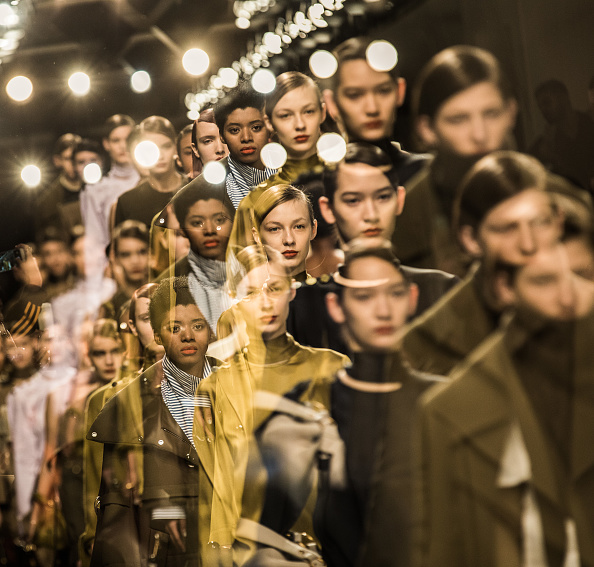 London Fashion Week「Alternative View In Colour - LFW February 2017」:写真・画像(3)[壁紙.com]
