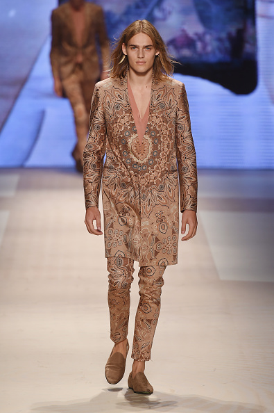 Nude Colored Pants「Etro - Runway - Milan Collections Men SS16」:写真・画像(4)[壁紙.com]