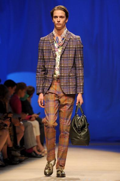 Etro「Etro - Milan Fashion Week Menswear Spring/Summer 2012」:写真・画像(15)[壁紙.com]