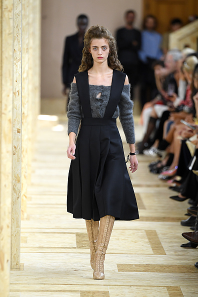 Womenswear「Miu Miu : Runway - Paris Fashion Week - Womenswear Spring Summer 2020」:写真・画像(14)[壁紙.com]
