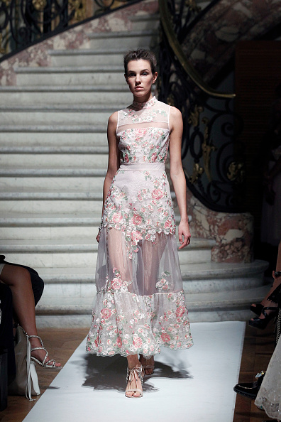 Sheer Fabric「Marie Elie  : Runway - Paris Fashion Week Womenswear Spring/Summer 2017」:写真・画像(13)[壁紙.com]
