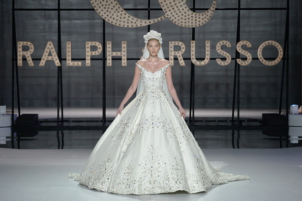 Ralph and Russo「Ralph & Russo : Runway - Paris Fashion Week - Haute Couture Spring Summer 2019」:写真・画像(11)[壁紙.com]
