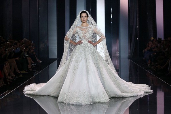 Ralph and Russo「Ralph & Russo : Runway - Paris Fashion Week : Haute-Couture Fall/Winter 2014-2015」:写真・画像(2)[壁紙.com]