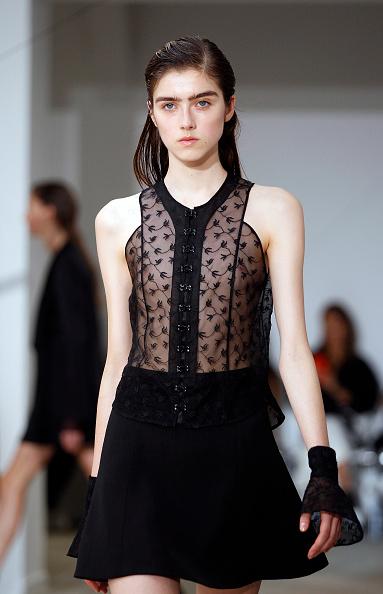 Spring Collection「Olivier Theysen : Runway - Paris Fashion Week Womenswear Spring/Summer 2017」:写真・画像(13)[壁紙.com]