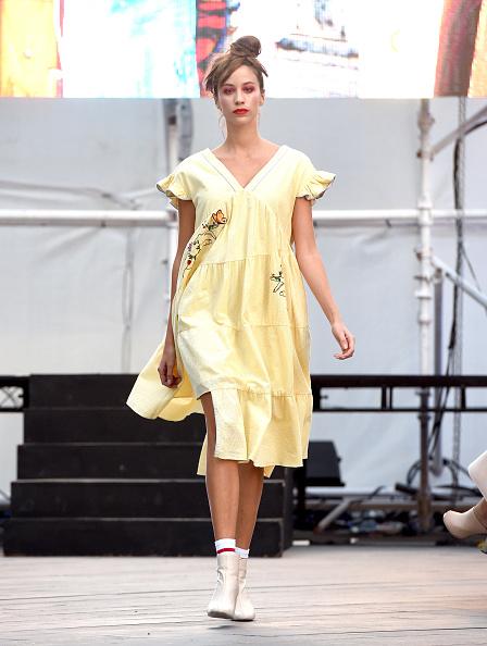 Yellow Dress「BY Sauce X Shoestova - Runway - FFWD October 2017」:写真・画像(16)[壁紙.com]