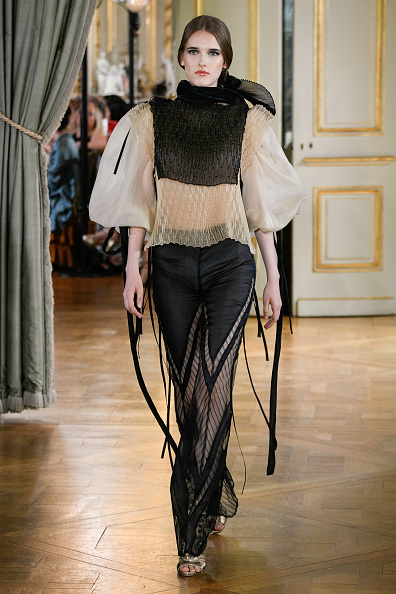 Puffed Sleeve「Farhad RE : Runway - Paris Fashion Week - Haute Couture Fall/Winter 2019/2020」:写真・画像(0)[壁紙.com]