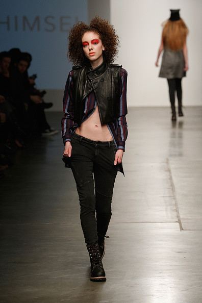 Black Jeans「Nolcha New York Fashion Week Fall Winter 2015/2016 - Ann Himsel」:写真・画像(6)[壁紙.com]