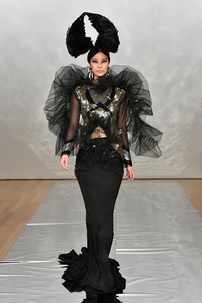 Embellished Dress「Cecilia Kang Couture, Face Me Make-Up - Runway - New Zealand Fashion Week 2019」:写真・画像(18)[壁紙.com]