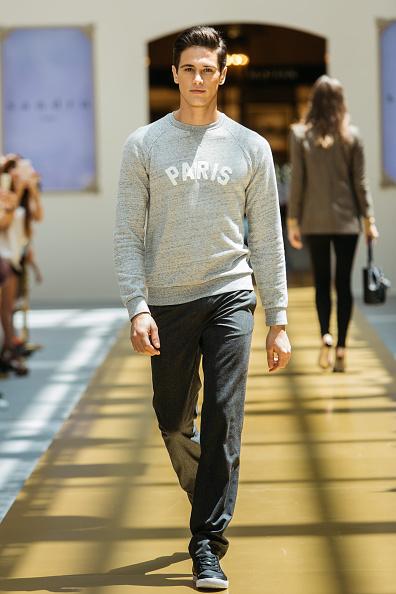 Graphic T-Shirt「SANDRO - Runway - Front Row at Shoppes at Parisian」:写真・画像(15)[壁紙.com]