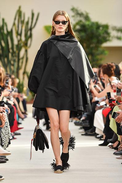 Spring Summer Collection「Valentino : Runway - Paris Fashion Week Womenswear Spring/Summer 2019」:写真・画像(0)[壁紙.com]