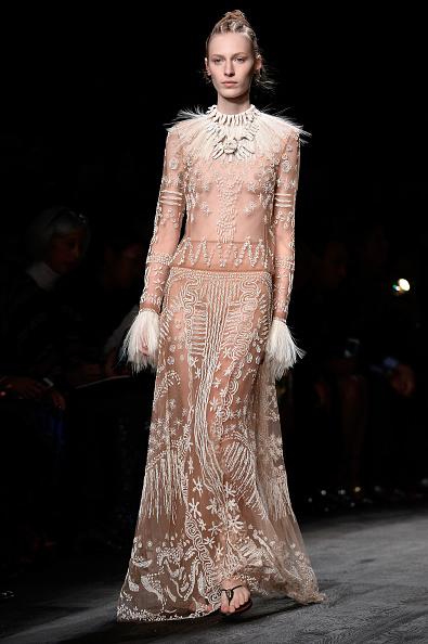 Spring Collection「Valentino : Runway - Paris Fashion Week Womenswear Spring/Summer 2016」:写真・画像(12)[壁紙.com]