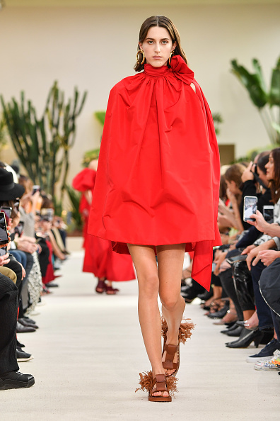 Spring Summer Collection「Valentino : Runway - Paris Fashion Week Womenswear Spring/Summer 2019」:写真・画像(16)[壁紙.com]