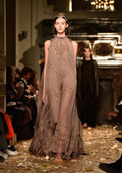 Sheer Fabric「Valentino  : Runway - Paris Fashion Week - Haute Couture Spring Summer 2016」:写真・画像(14)[壁紙.com]