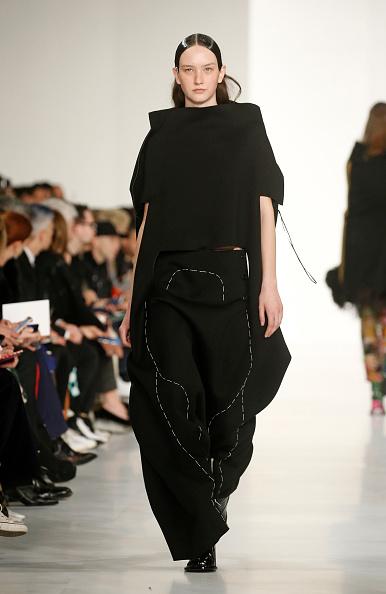 Maison Martin Margiela「Maison Margiela : Runway - Paris Fashion Week Womenswear Fall/Winter 2019/2020」:写真・画像(15)[壁紙.com]