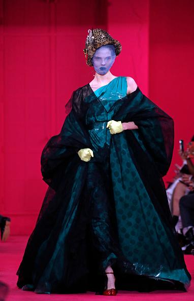 Maison Martin Margiela「Maison Margiela : Runway - Paris Fashion Week - Haute Couture Spring/Summer 2020」:写真・画像(2)[壁紙.com]